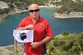 Alain Guillon en Corse - Mai 2014 (J'ai voulu faire du recrutement, mais BASTIA m'a devancé et engagé Makélélé avant moi lol)